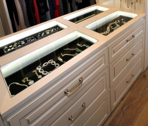 Jewelry drawers, jewelry display case, lighted jewelry drawers